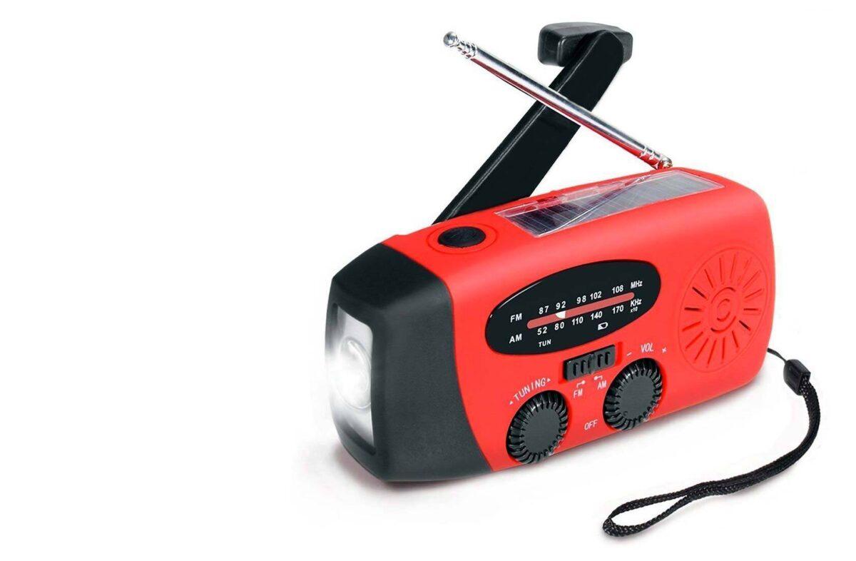 Een noodradio informeert je, zelfs als de elektriciteit is uitgevallen.